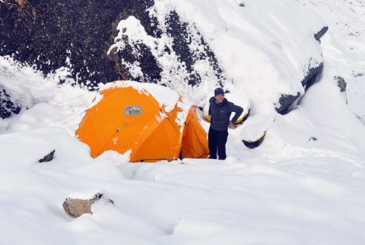 Philippe Gatta in base camp. © Ludovic Challeat