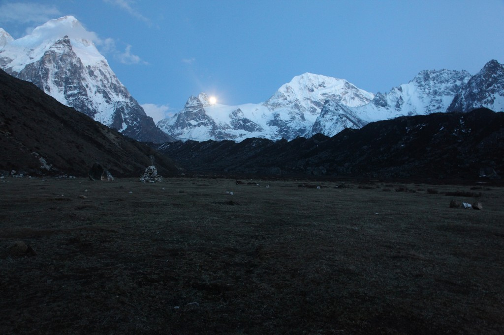 Rise of the full moon, Ramche. Rathong, 6682m, to the left. Photo: Anna Gatta